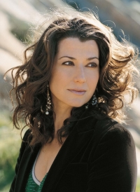 amy grant - Amy Grant Home For Christmas